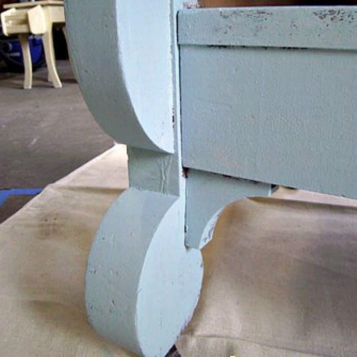 paint antique furniture