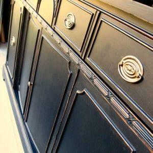 paint vintage furniture black
