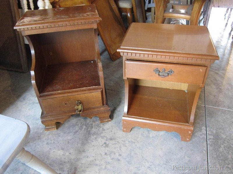 Yard sale furniture is inexpensive and easy to find for Furniture yard sale