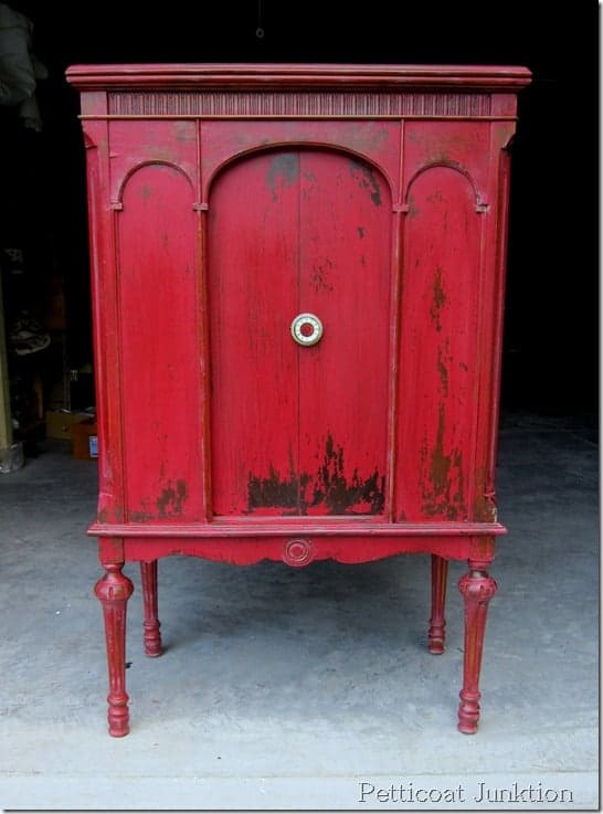 Tricycle Red Cabinet, Petticoat Junktion