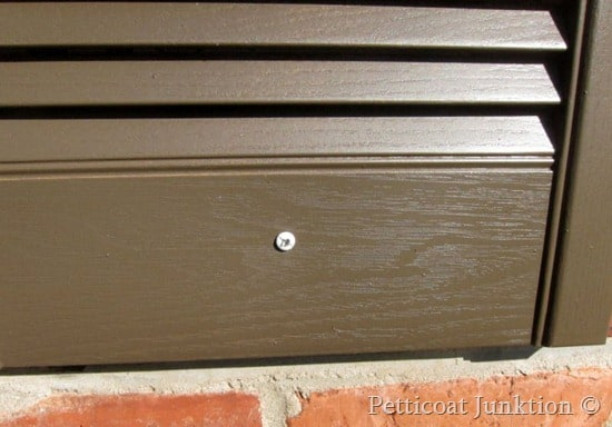paint house shutters