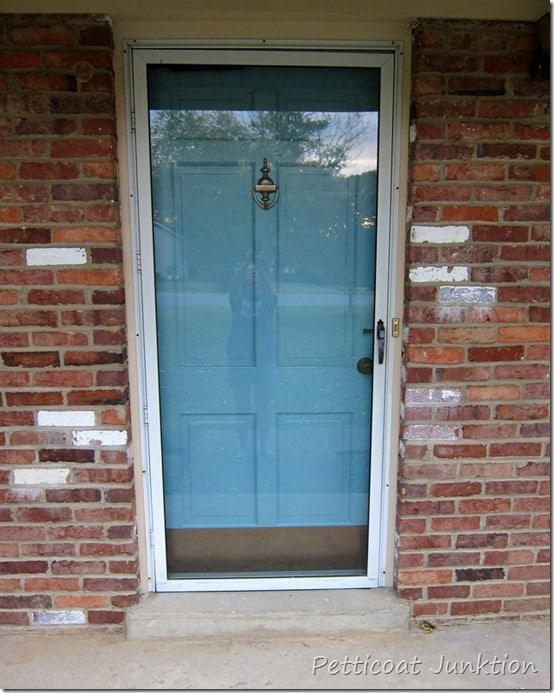 How to paint your front door, Petticoat Junktion paint metal storm door