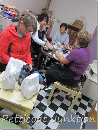 paint workshop, Petticoat Junktion