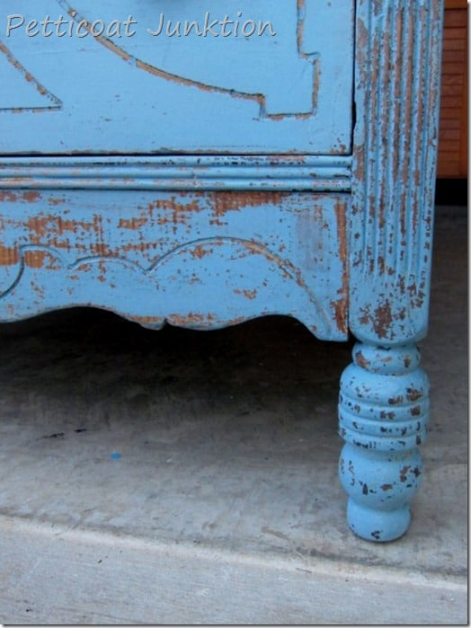 Painted Chest using Miss Mustard Seed Milk Paint, Petticoat Junktion