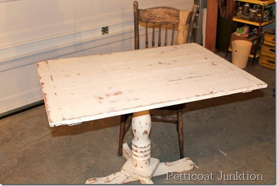 White Shabby Table, Petticoat Junktion