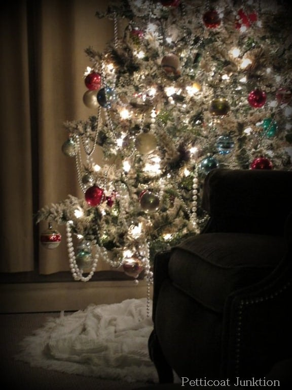 Christmas Tree, Petticoat Junktion