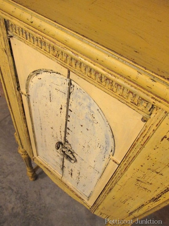 Miss Mustard Seed S Milk Paint Furniture Makeover