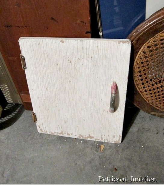 reclaimed vingtage cabinet door