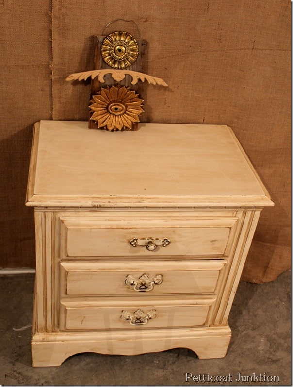 antiquing-furniture-how-to