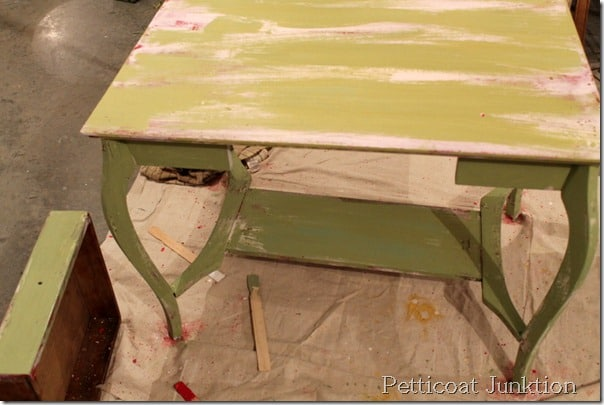 milk-paint-table-diy