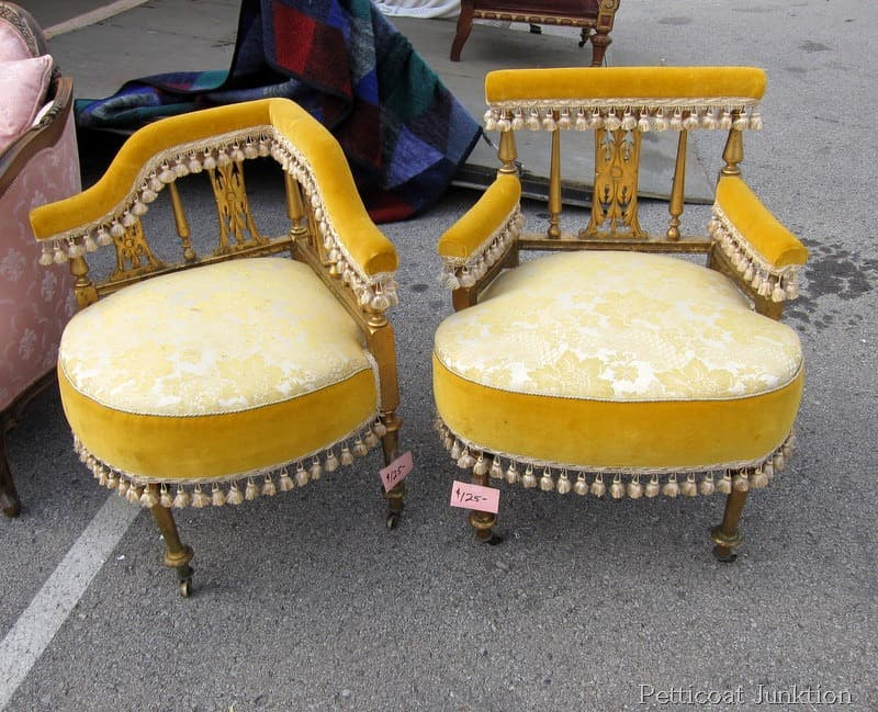 art-deco-fringed-chairs