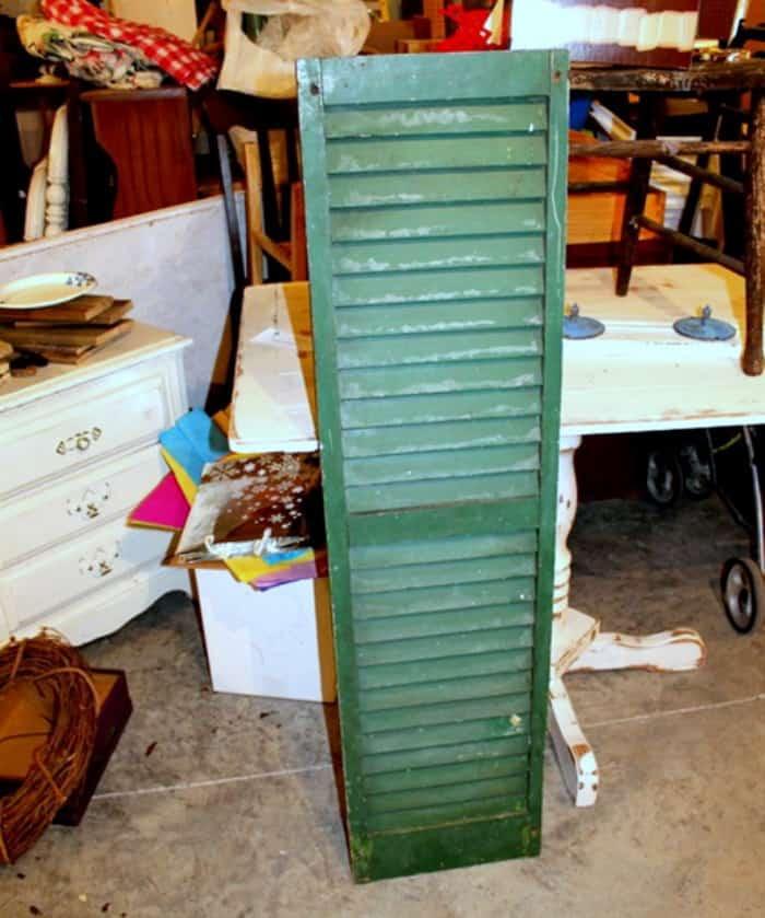 green wood shutter