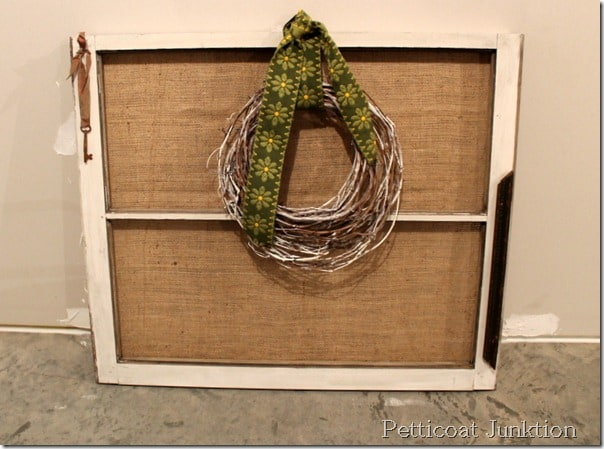 burlap-grapevine-wreath-window-frame-craft-idea