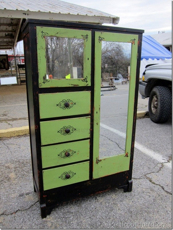 painted-furniture-ideas-Nashville-Flea-Market