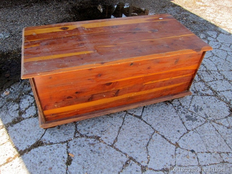 cedar-chest-vintage