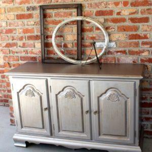 How To Antique Metallic Furniture Paint Using Toner
