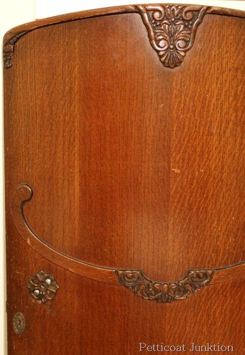vintage-wardrobe-door-project-idea