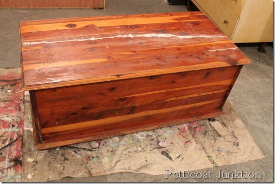 cedar-chest-paint-project