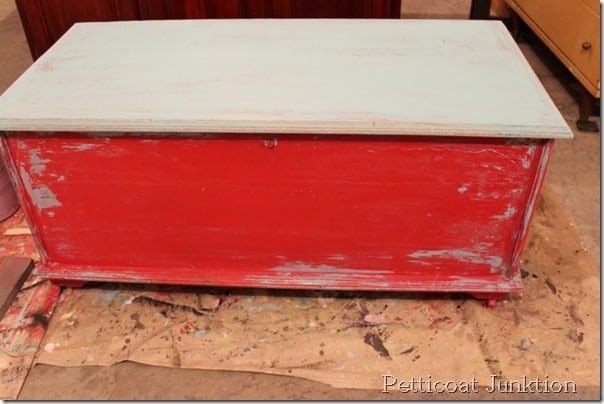 How to distress furniture with Vaseline Petticoat Junktion