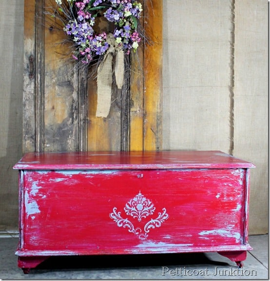 painted-distressed-stenciled-furniture-diy
