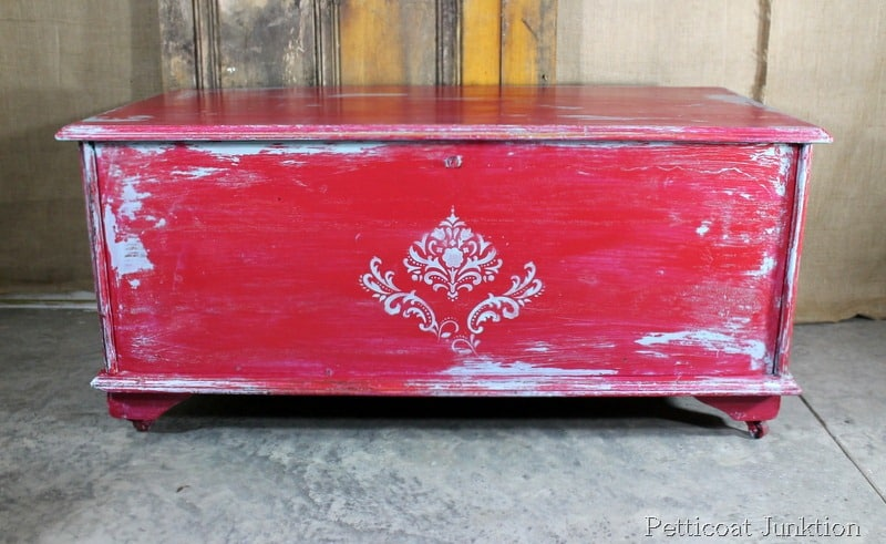 painted-stenciled-distressed-furniture