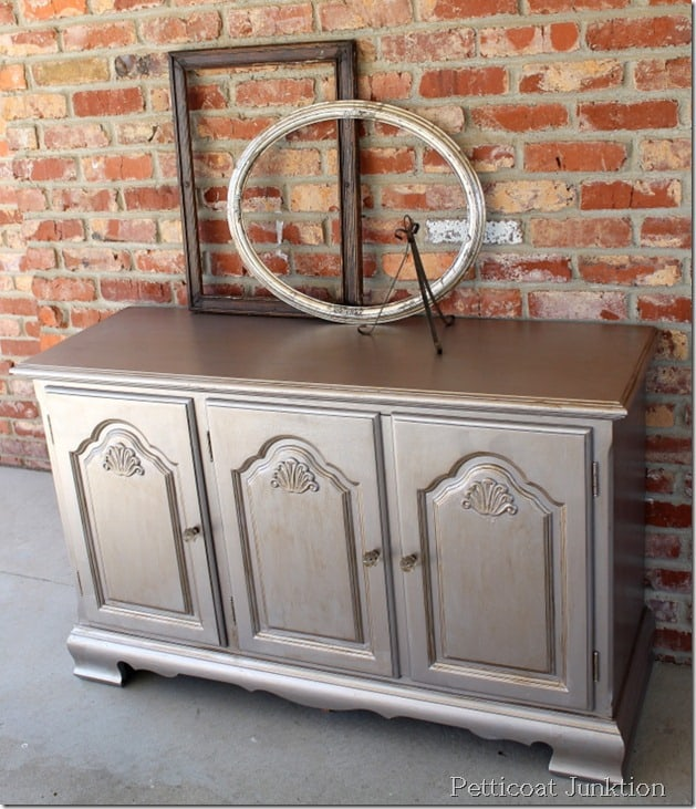 painted-metallic-furniture-diy-home-decor