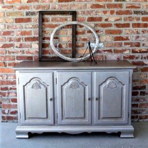 beautiful metallic silver painted furniture (3)