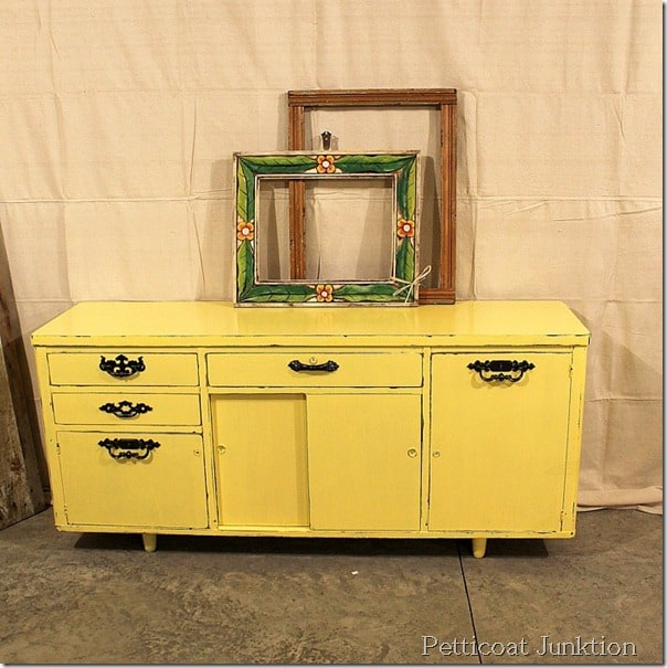 before-after-painted-furniture-diy-petticoat junktion
