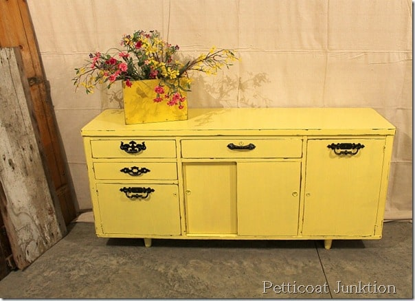 painted-furniture-before-after-petticoat junktion