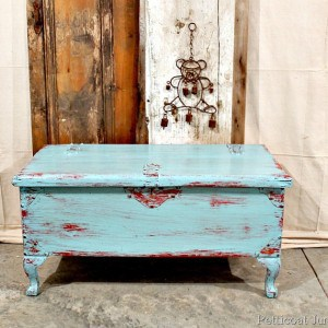turquoise-red-painted-distressed-furniture
