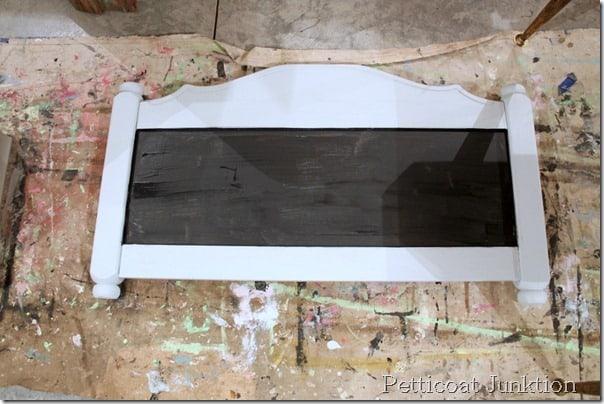 chalboard-diy-hanger-project-headboard