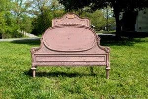 vintage-rose-bed-milk-paint