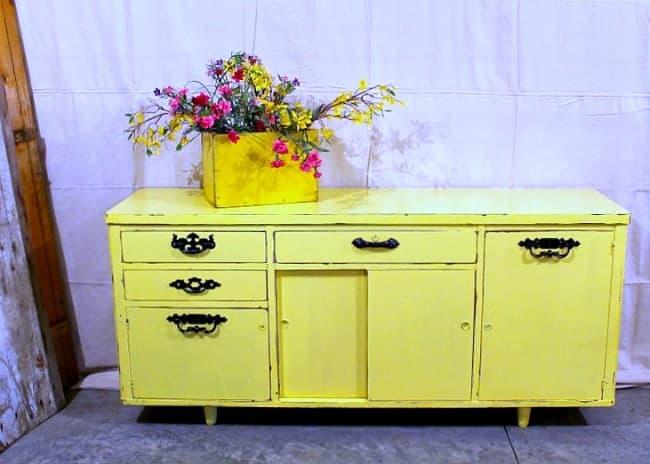 Yellow Buffet