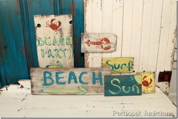 reclaimed-wood-beach-sign-craft