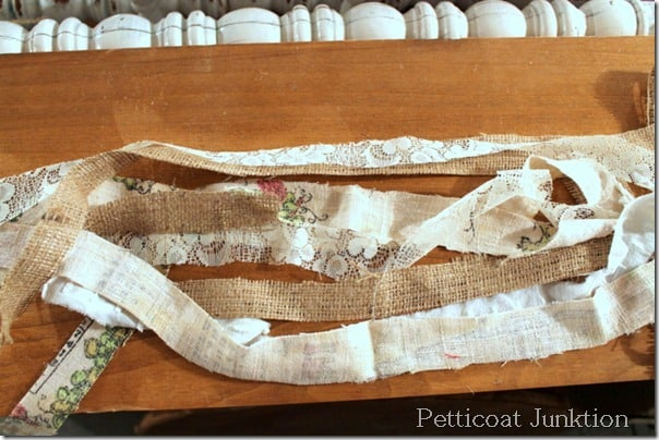 rag-garland-lace-burlap-chenille