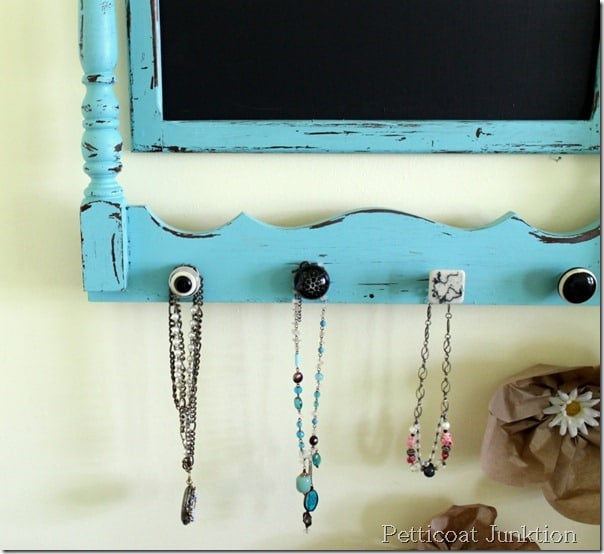 chalkboard-hanger-turquoise-craft-petticoat junktion