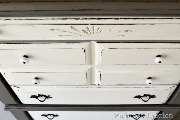 chest-makeover-two-tone-paint