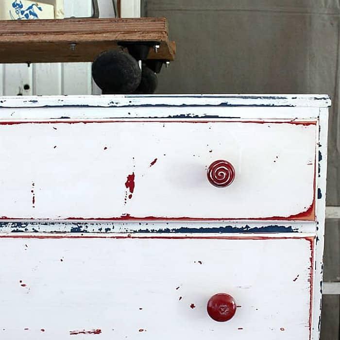 Flea Market Furniture Flip | Layered Paint Furniture Idea