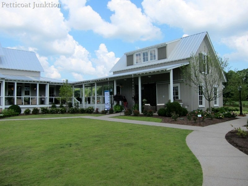 Southern Living Idea House At Fontanel Petticoat Junktion