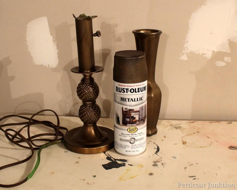 used rust oleum metallic spray paint in antique bronze on the lamp. Black Bedroom Furniture Sets. Home Design Ideas