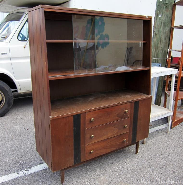 mid century modern furniture at the nashville flea market