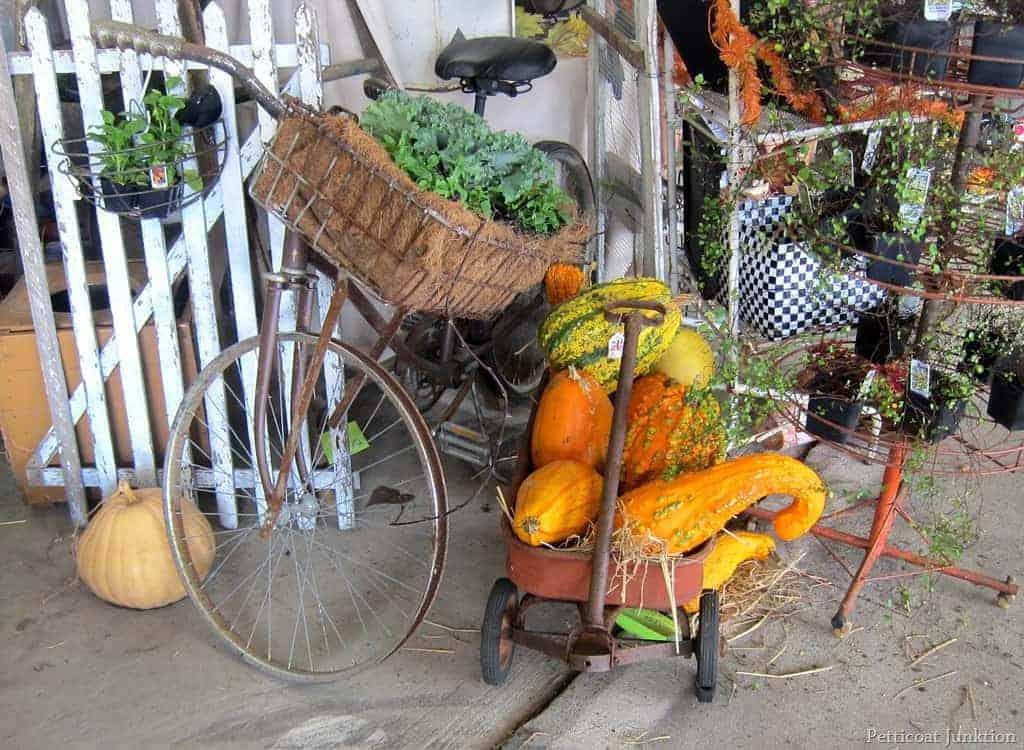 Fall Colors At The Nashville Flea Market Petticoat Junktion