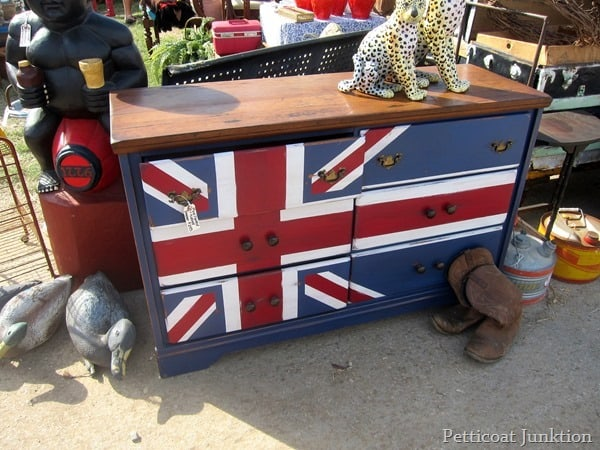 Nashville Flea Market Furniture Finds, painted dresser