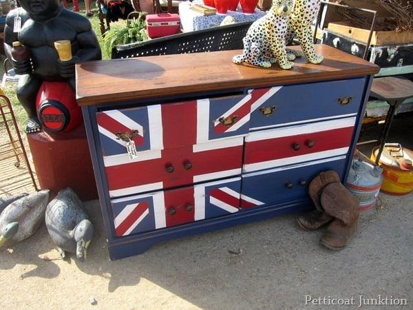 painted dresser nashville flea market
