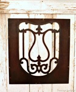 reclaimed-wood-detail.jpg
