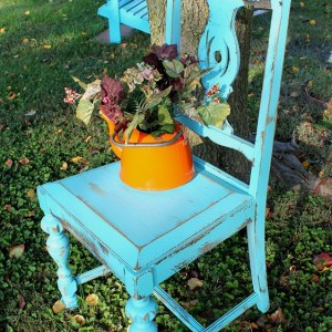 turquoise-distressed-chair.jpg