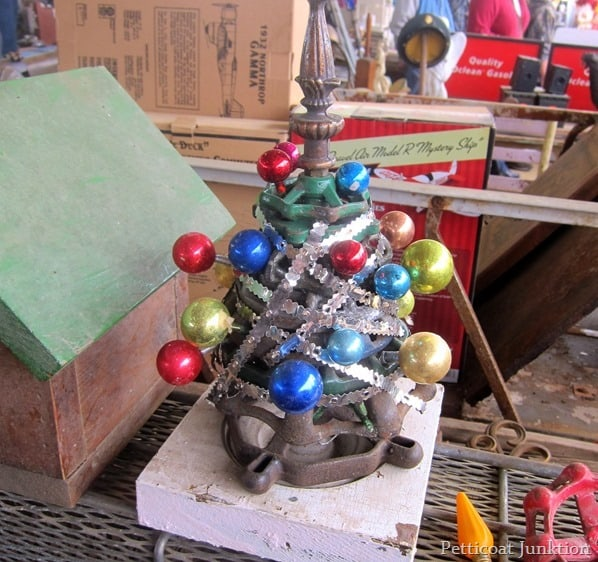 Hardware-Christmas-Tree-Nashville-Flea-Market_thumb.jpg