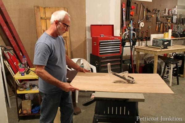 cutting underlayment with tablesaw