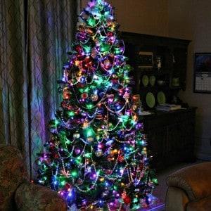 Christmas-Tree-with-multi-colored-lights_thumb.jpg