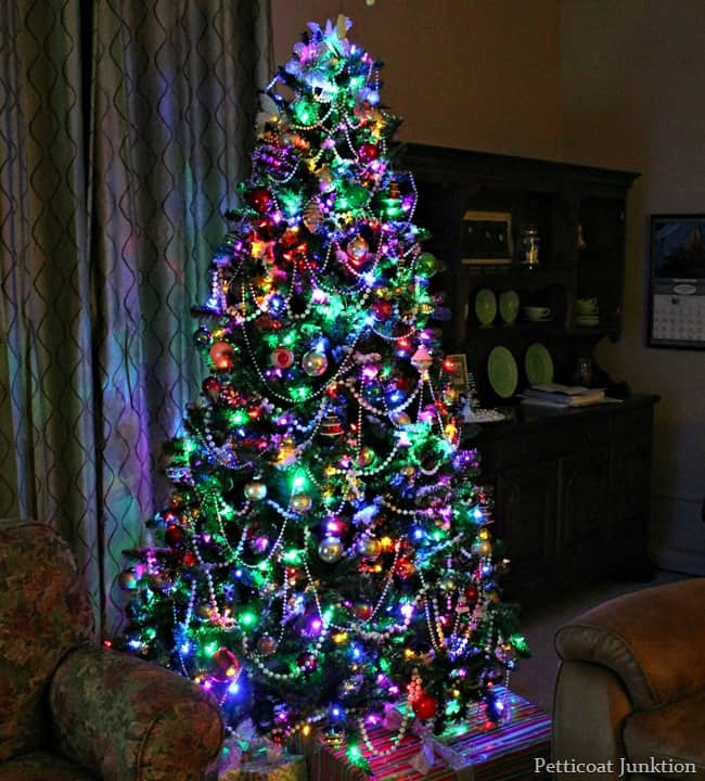 Christmas-Tree-with-multi-colored-lights_thumb.jpg